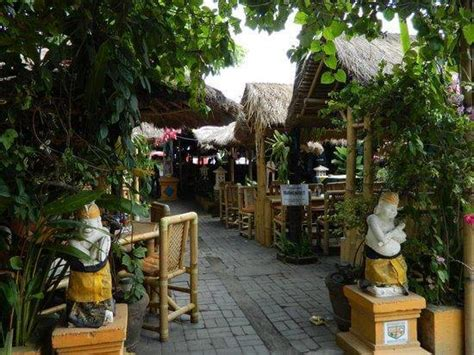 secret garden restaurant  bali bible