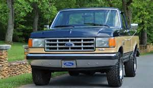 check out this pristine 1988 ford f 150 v8 4x4
