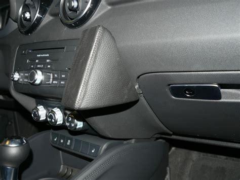Audi Iphone Halterung by Audi A1 Baujahr Ab 05 2010 Kfz Halterung Konsole