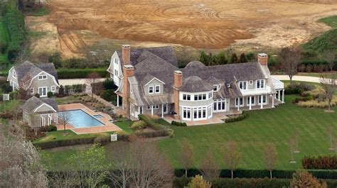 insane houses 9 ridiculously insane celebrity homes that will make you jealous