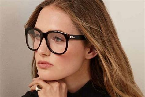 how to get the preppy look with prescription glasses