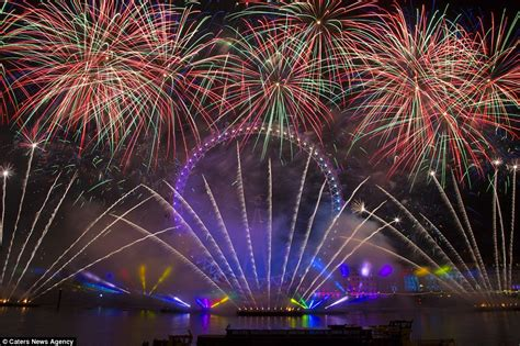 why is new year different to uk and sydney compete for best new year s 2016