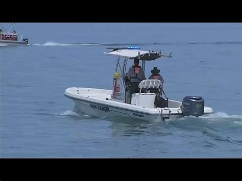 boat accident us us boat accident kills 17 tourists youtube