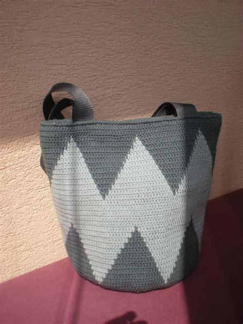 crochet bag written pattern emmhouse sharp tapestry crochet bag free written pattern
