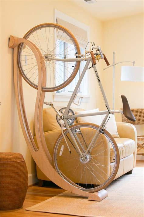 wood bike stand how to decorate a rocking horse how to 10 maneiras criativas de guardar sua bicicleta map of sports