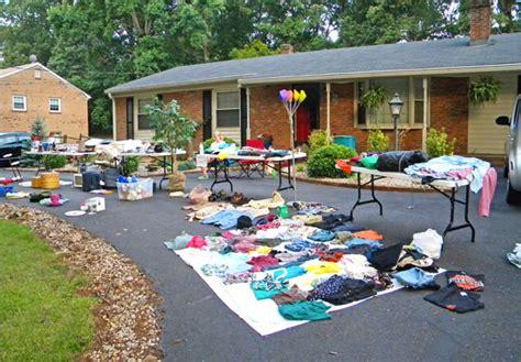 Sales Near Me by Garage Interesting Garage Sales Near Me Ideas Garage