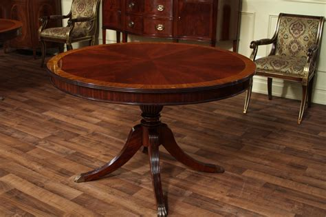 Round Dining Room Table With Leaves by Round Mahogany Dining Table With Leaf Four Leg Reeded