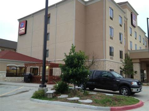 comfort suites lawton ok overall building is very nice