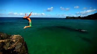 Cliff Jumping Waimea Cliff Jump