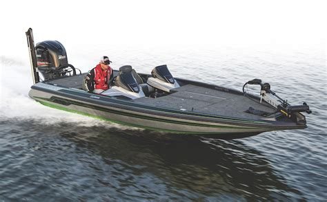 fishing boat reviews 2018 fishing boat reviews skeeter zx250 game fish