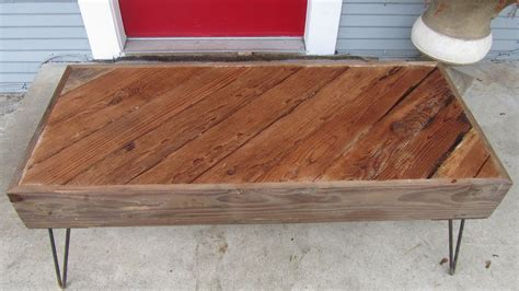 diy reclaimed wood coffee table chris reclaimed wood coffee table sh diy テーブルを