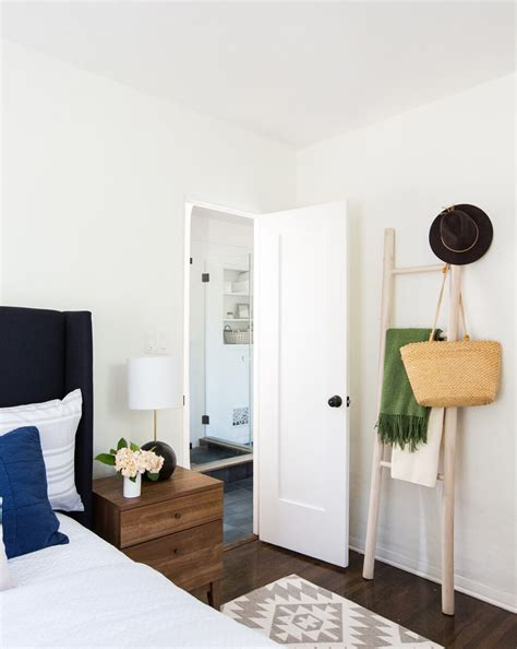 the easiest guest room makeover ever emily henderson the easiest guest room makeover ever emily henderson