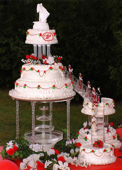 Wedding Cakes With Fountains by Carmageddon Wedding Ideas Wedding Cakes With Fountains