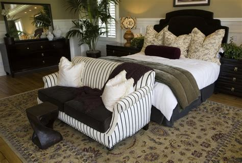 small loveseat for bedroom lovely small loveseat for bedroom homesfeed