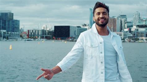 jassi gill new hair style jassi gill hairstyle pic jassi gill sings new song laden