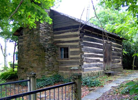 Tennessee Gatlinburg Cabins by Gatlinburg History