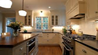 colonial kitchen designs highland park center colonial brownsmith restoration