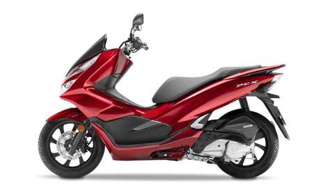 Pcx 2018 Non Abs by Honda Pcx Ganha Abs E Novo Visual No Modelo 2018