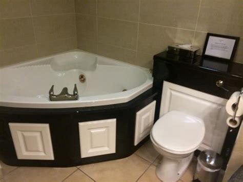 ambassador bathrooms bathroom in ambassador suite picture of canal court hotel spa newry tripadvisor