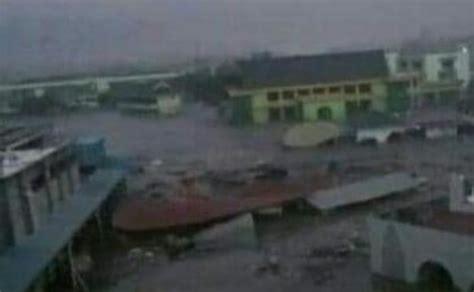 tsunami palu bmkg pastikan usai gempa tsunami setinggi 2 meter terjang