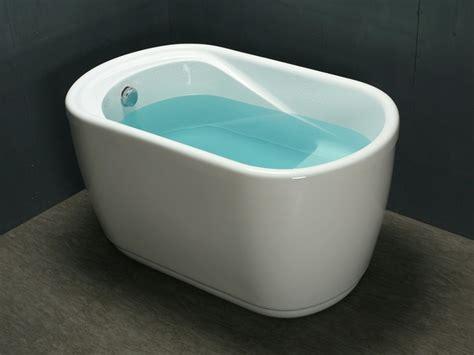 baignoire sabot pas cher baignoire sabot piccola 1 place de 181l acrylique renforc 233