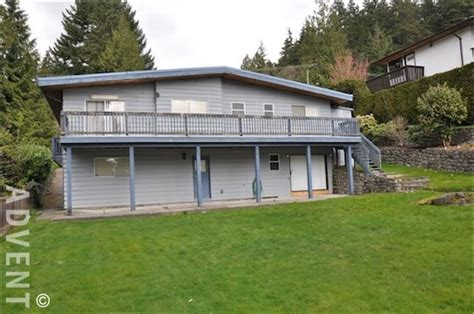 north road house deep cove 3 bedroom house rental north vancouver 4657