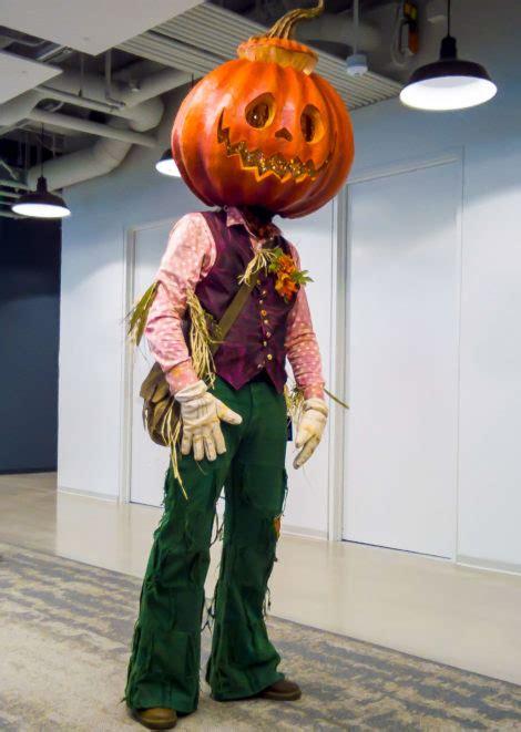 jack pumpkinhead halloween costume build pizza