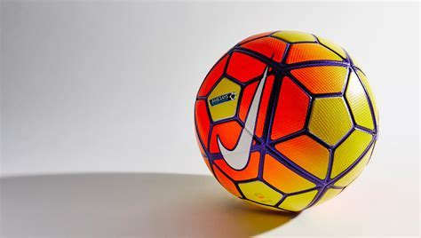 Nike Ordem 3 2015/2016 Official Match Ball   KFZoom
