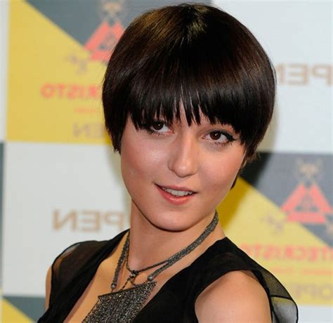 bowlcut ladies short hair styles chic short bowl haircut for asian women styles weekly