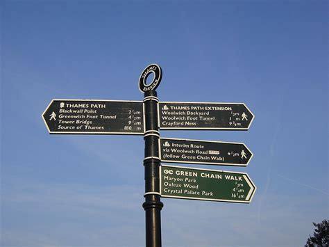 the sign of the thames path wikipedia