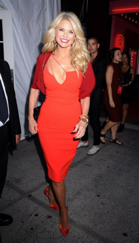 Dress Cristie christie brinkley stuns in a dress at new york fashion