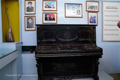 Komil House guided tour through the town of khiva part2 uzbekistan