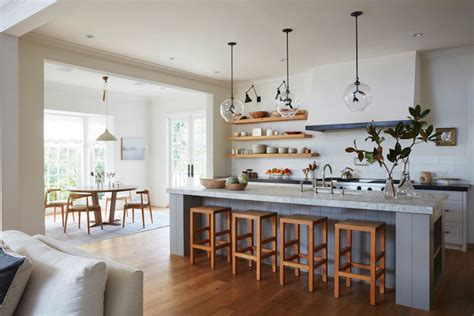 a country house to dream about decoholic dream home a sun filled brentwood farmhouse becki owens