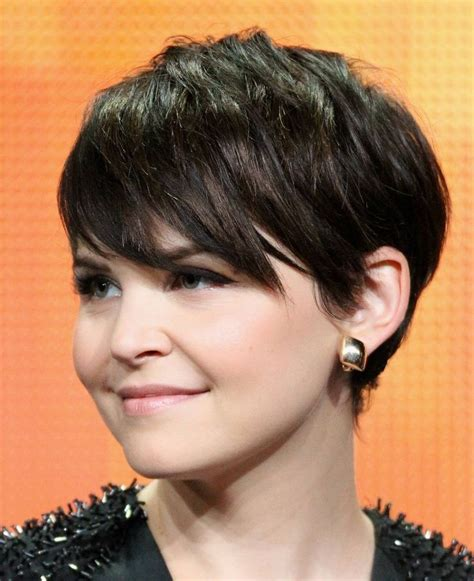 cutting shorter pieces of hair near the face top 10 short haircuts for round faces popular haircuts