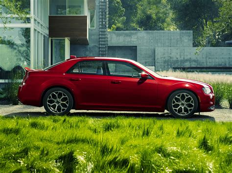 Chrysler 300 Features by 2016 Chrysler 300 Styles Features Highlights