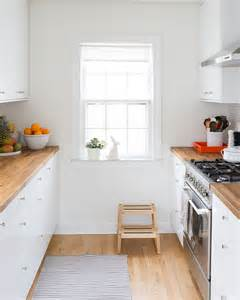 white small kitchens 25 best ideas about small white kitchens on