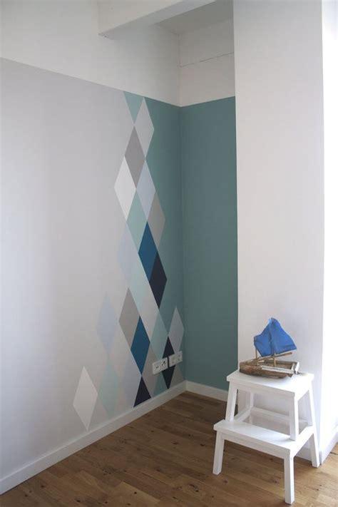 wohnung malen wandgestaltung mit rauten modern design und farbe