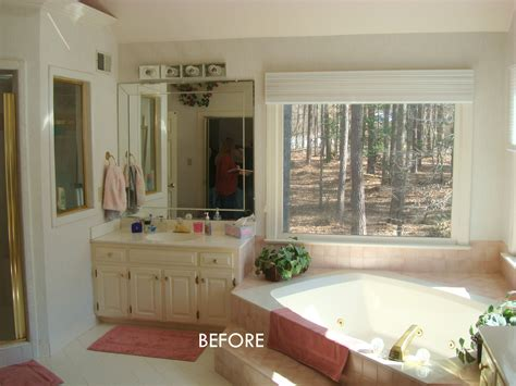 how big should a master bathroom be should we get rid of the bathtub or keep it e2 80 9d existing large garden tub was