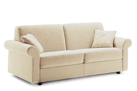 divani in stoffa classici divano classico in tessuto richard