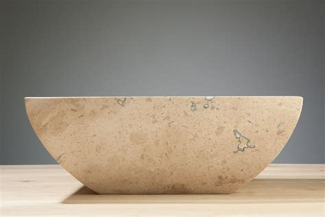 Travertin Stein Polieren by Naturstein Aufsatzwaschbecken Siracusa Travertin Matt