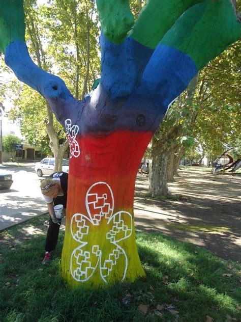 como pintar un pino natural seco 225 rbol seco pintado nerina acurso artelista com