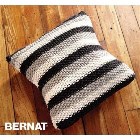 bernat free knitting patterns free beginner pillow knit pattern bernat