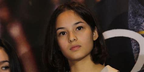 chelsea islan ciuman di film terbaru 5 artis pendatang baru tercantik di indonesia merdeka com