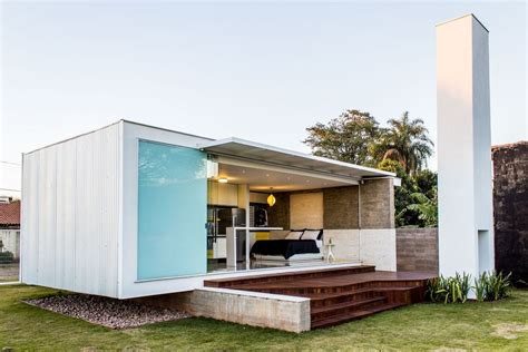 small contemporary homes house 12 20 a modern bachelor pad in brazil alex nogueira small house bliss