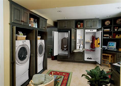 Laundry Room Decor Give The Room A Facelift Interior Decorate Laundry Room