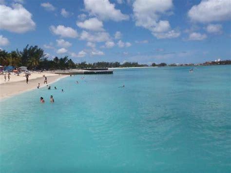 the tiki hut nassau bahamas new providence