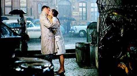 film romantis yang banyak adegan seksnya lol adegan romantis di film yang susah banget dilakuin di