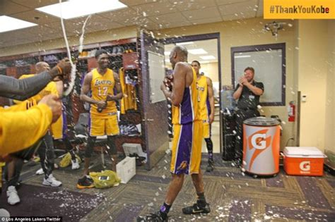 lakers locker room bryant scores 60 points and wins with la lakers daily mail