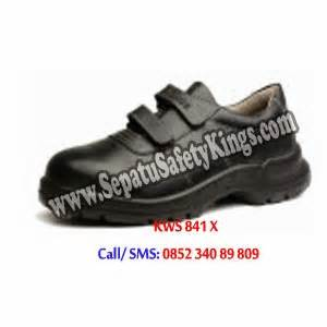 Sepatu Caterpillar Murah Safety Pendek Kalio Hitam Licin C1 jual sepatu safety shoes jakarta harga sepatu safety murah sepatu caterpillar