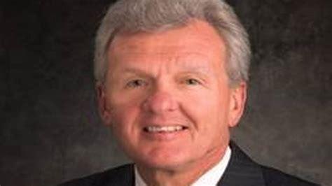 Jo In Health M no 2 executive at carolinas healthcare loses
